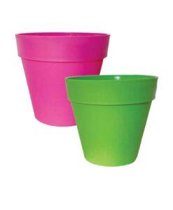 Χρωματιστές πλαστικές γλάστρες